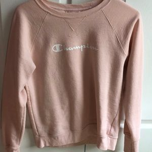 Pink champion pull over